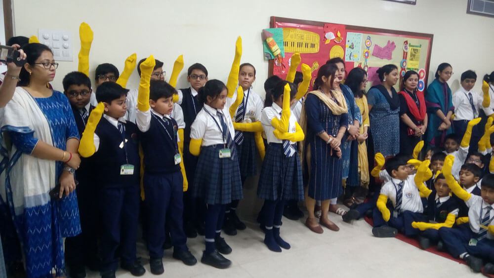 'Yellow Fellow'- A national campaign by CRY(Child Rights and You) NGO